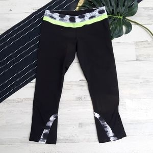 Lululemon| Run Inspire Crop II Black Seaside Dot 8